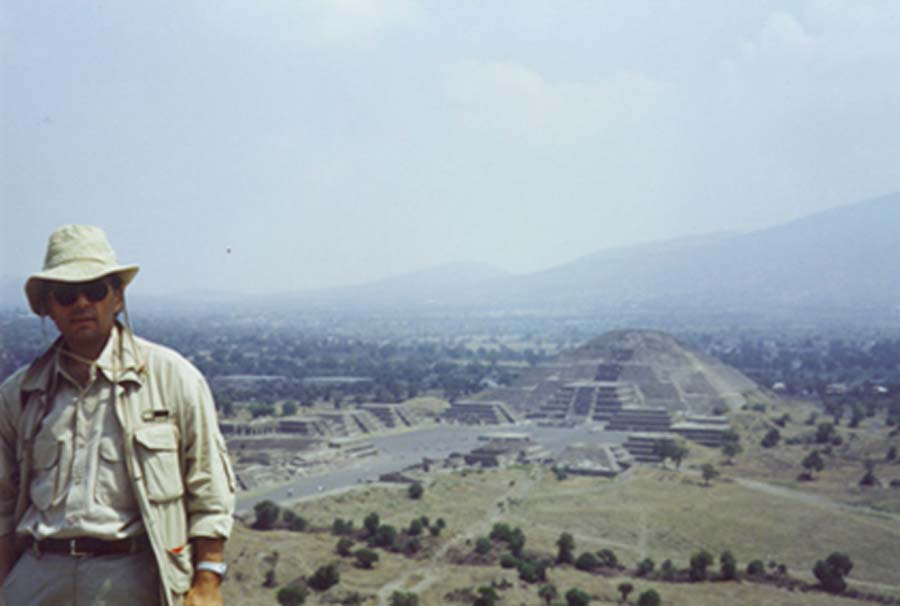 Dr Roberto Volterri in Teotihuacán, on top of the Pyramid of the Sun.