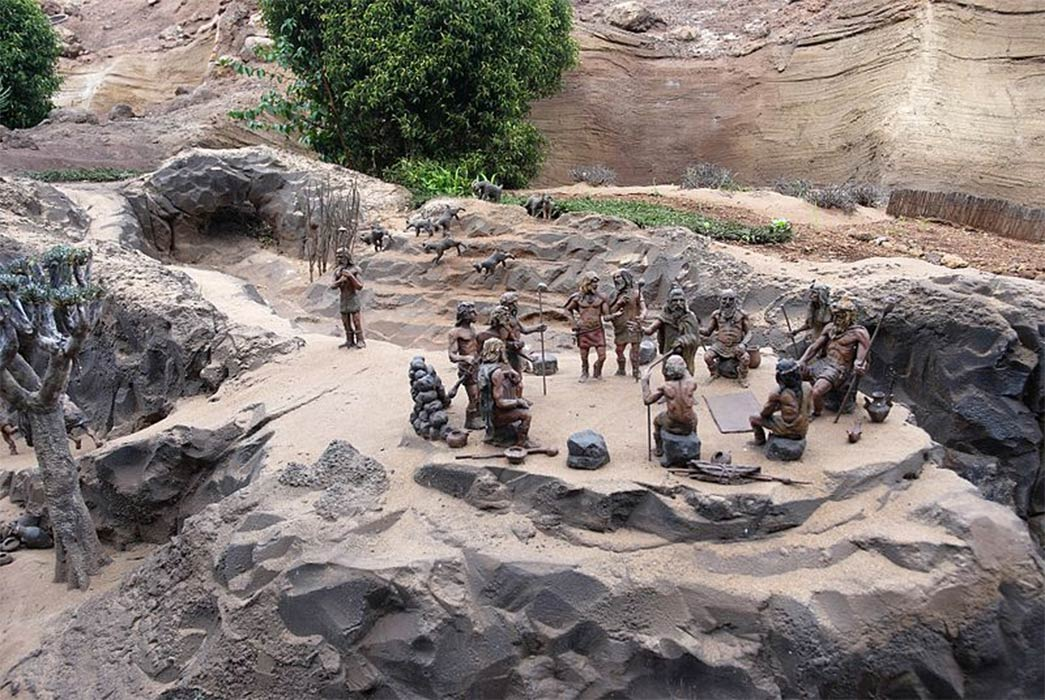 Reconstruction of a Guanche settlement of Tenerife (Wouter Hagens/ CC BY-SA 3.0)