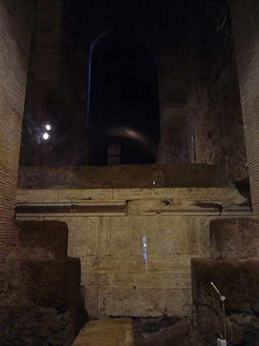 Interior of the excavated Temple of Vejovis, underneath Piazza del Campidoglio. (Public Domain)
