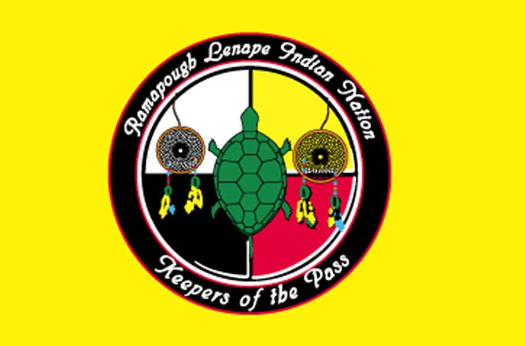 Ramapough Lenape Indian Nation Flag (Ramapoughnative/ CC BY-SA 4.0)