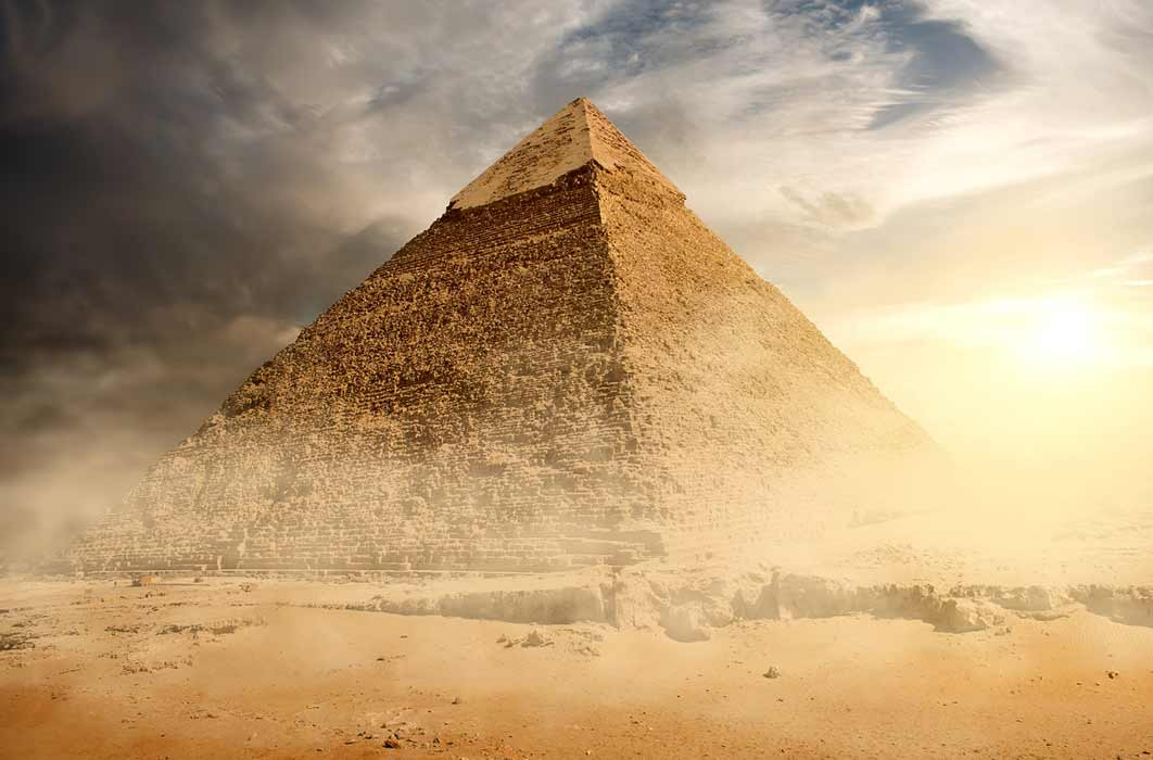 Pyramid in the sand ( Givaga / Adobe Stock)