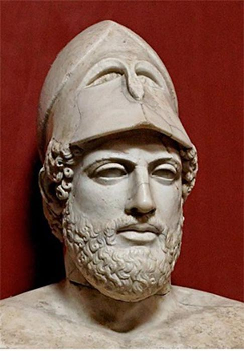 Pericles, wearing a helmet like Athena. (CC BY-SA 3.0)