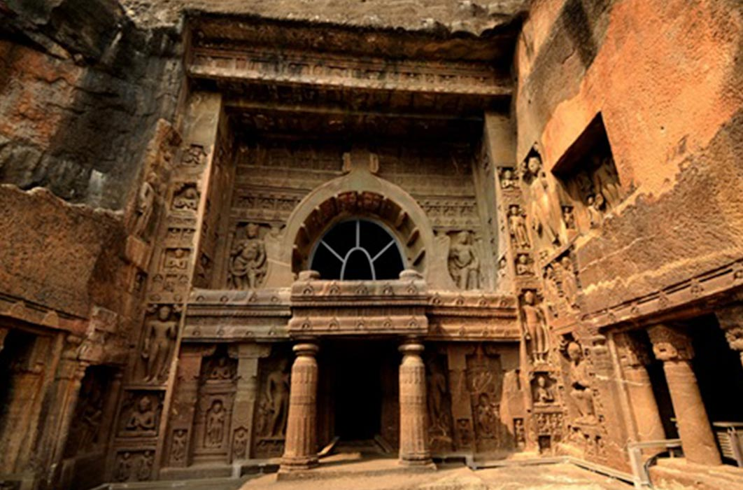 The Ajanta Cave temples of the Aurangabad district of Maharashtra consists of 30 rock-cut Buddhist cave monuments dating from the second century BC to about 480 AD. (C .SHELARE /CC BY-SA 3.0)