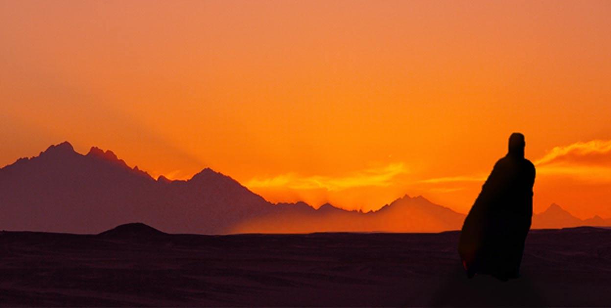 Deriv; Sunset in Egyptian desert with figure
