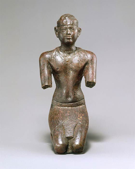 Ancient Egyptian statuette of a Kushite pharaoh; 713–664 BC; bronze, precious-metal leaf; Metropolitan Museum of Art (CC0)