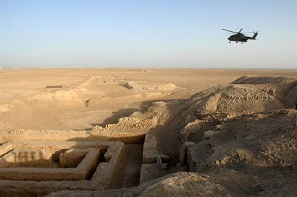 Uruk Archaealogical site at Warka, Iraq (Public Domain)