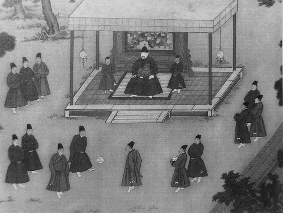 The Yongle Emperor observing court eunuchs playing cuju, an ancient Chinese game similar to soccer. (Public Domain)