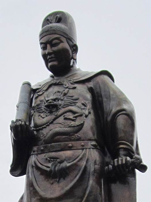 General Zheng He statue in Sam Po Kong temple, Semarang, Indonesia (22Kartika/ CC BY-SA 3.0)