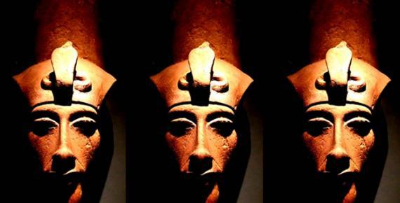 A bust of Pharaoh Akhenaten. Design by Anand Balaji.